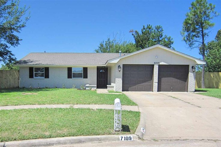 7109 SW Cherokee Cir Lawton, OK 73505 $119,000 Single Family 3 Beds, 1 Baths, 1 Half Baths, 1,400 Sqr Ft, Lawton  73505 - 3 rooms with 1 3/4 bath. Magnificent home in a great location with many updates. Updated kitchen with soft closing drawers. Brand new, stainless steel appliances with granite counter tops and tile backsplashes. Large living room with high ceilings and fireplace. Large dining area. Open concept. Large master bedroom with ¾ bath. Both bathrooms have been remodeled, freshly…