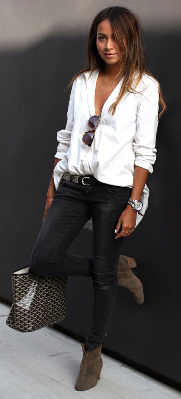 Perfect oversized white shirt, black skinnies
