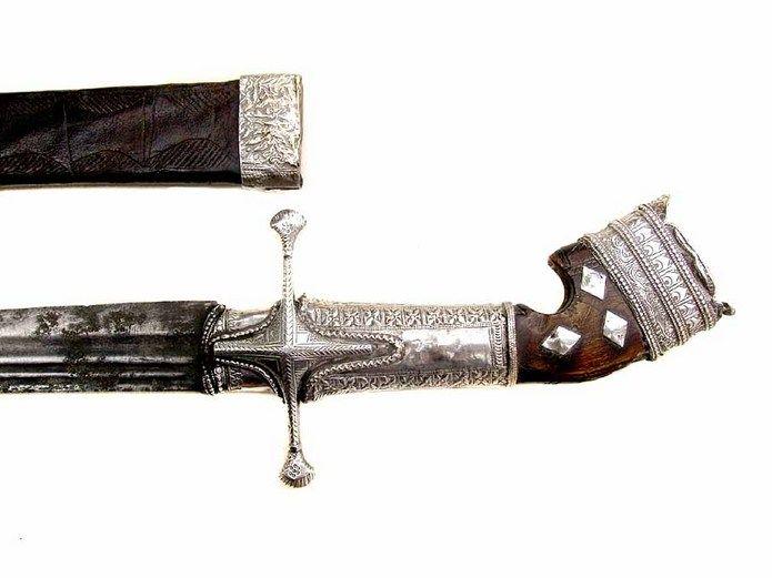 Fine Yemeni Arab sword Saif or Nimcha mounted with Silver early 19th century