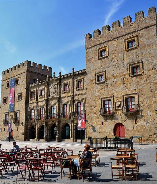 GIJÓN / Palacio de Revillagigedo