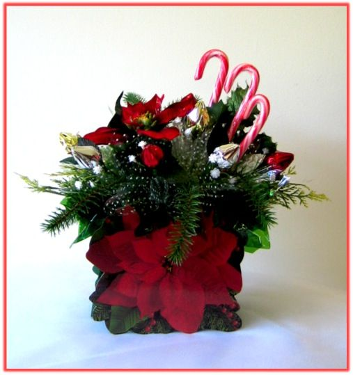 RED POINSETTIA Candy Bouquet
