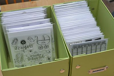Clear stamp storage - using clear envelopes and white cardstock. Clever!
