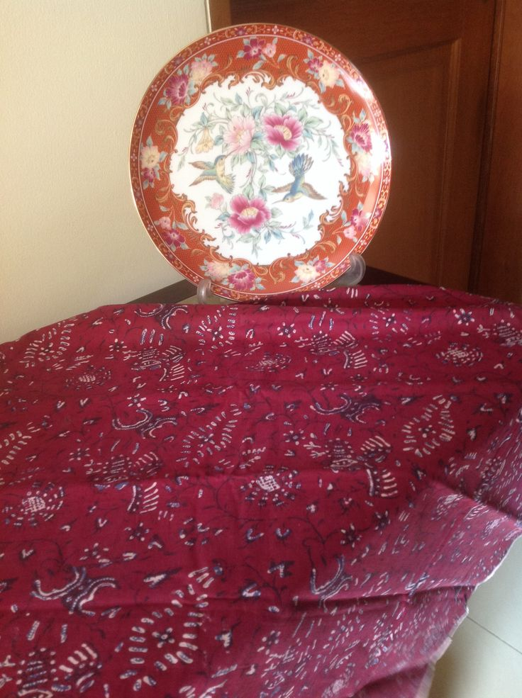 antique maroon indonesian sarong batik