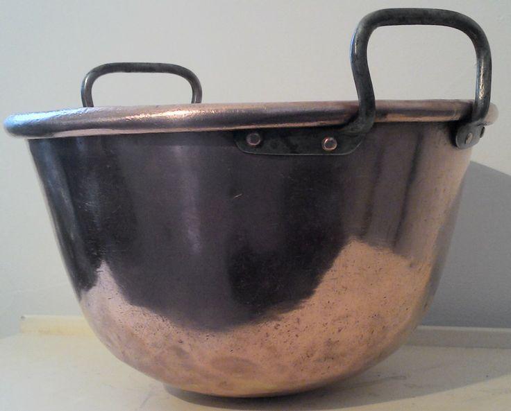 les 26 meilleures images propos de antique french copper sur pinterest pots de cuivre. Black Bedroom Furniture Sets. Home Design Ideas