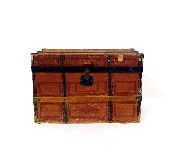 25 Unique Toy Trunk Ideas On Pinterest Wooden Toy Box