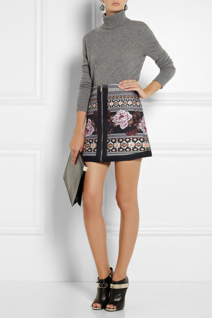 Maria grey sleeveless polo neck - Cute And Effective Floral Print Pattern Brocade Skirt And Simple Grey Polo Neck Jumper Combination