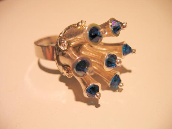 """""""Tristan's sapphire"""" ring  Faun Noir Jewellery  www.faunnoir.com"""