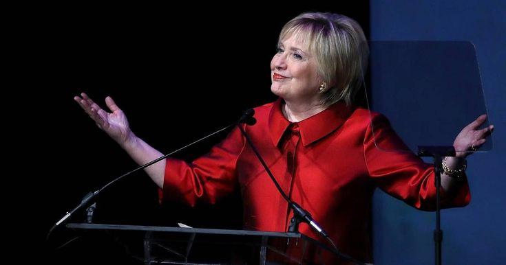 All eyes on Hillary Clinton's new haircut!