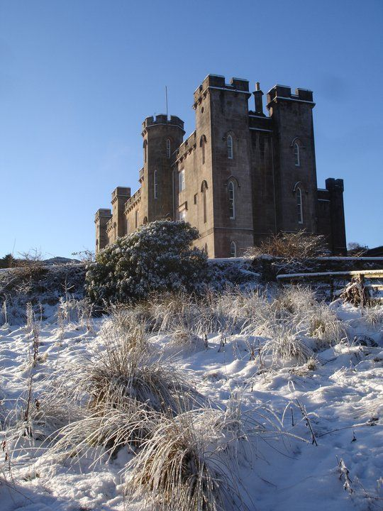 Torrisdale Castle - 'A chance to stay in a historic Scottish castle, this newly refurbished apartment has excellent views towards the sea and the Isle of Arran'. - http://www.watersidebreaks.com/description/torrisdaleservantsquarters.htm