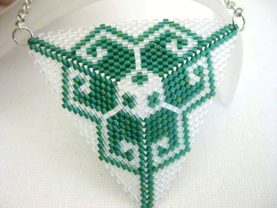 Beadwork Peyote Triangle Pendant in Emerald and by MadeByKatarina