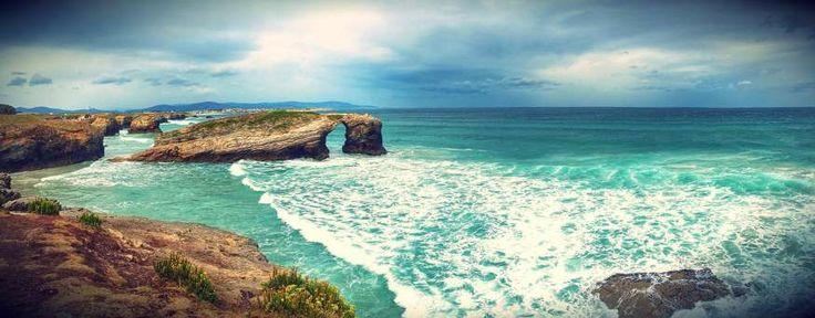 La Playa de las Catedrales, ubicada en Lugo, es posiblemente uno de los lugares más conocidos de Gal... - Alamy. Texto: Vacaciones-España.es