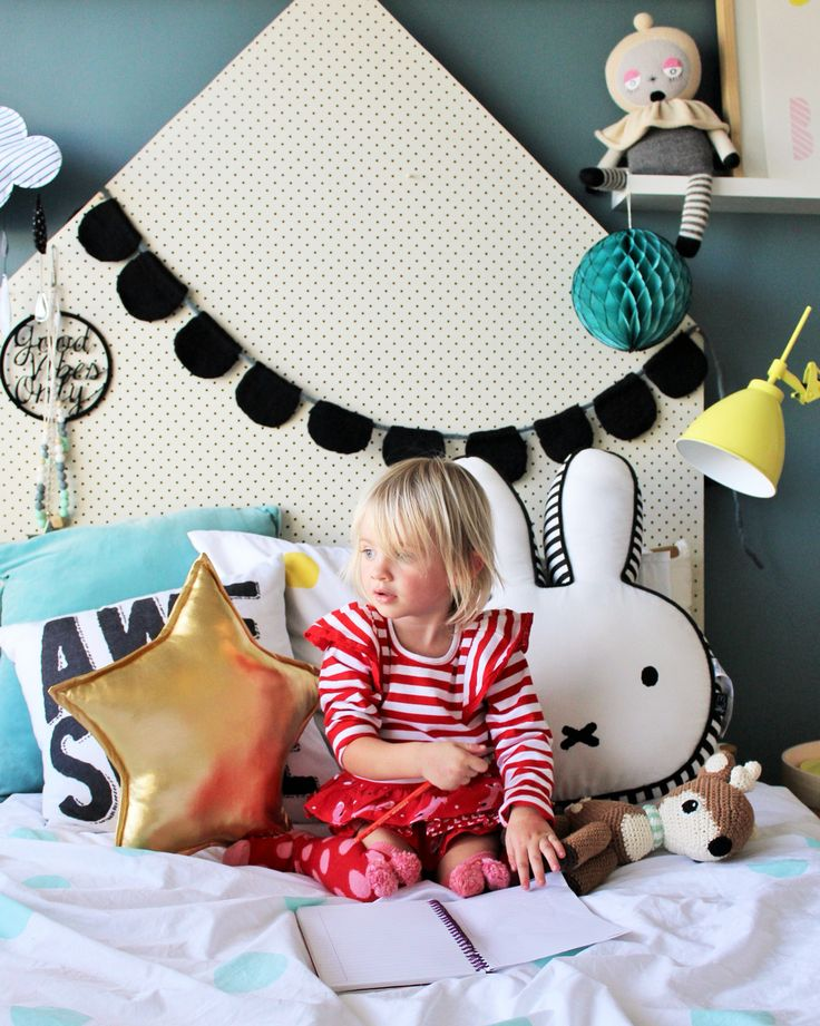 Best 25+ Kids headboards ideas on Pinterest | Rustic headboard diy, Head boards diy and Diy