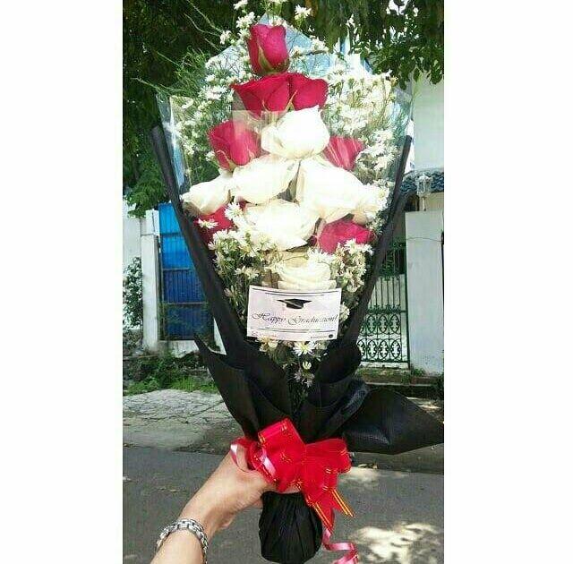 Paling Keren 27 Bunga Mawar Untuk Pacar Asli Buket Bunga Asli Di Semarang Cara Membuat Bunga Untuk Pacar Buket Bunga Mawar Mera Di 2020 Bunga Mawar Rangkaian Bunga