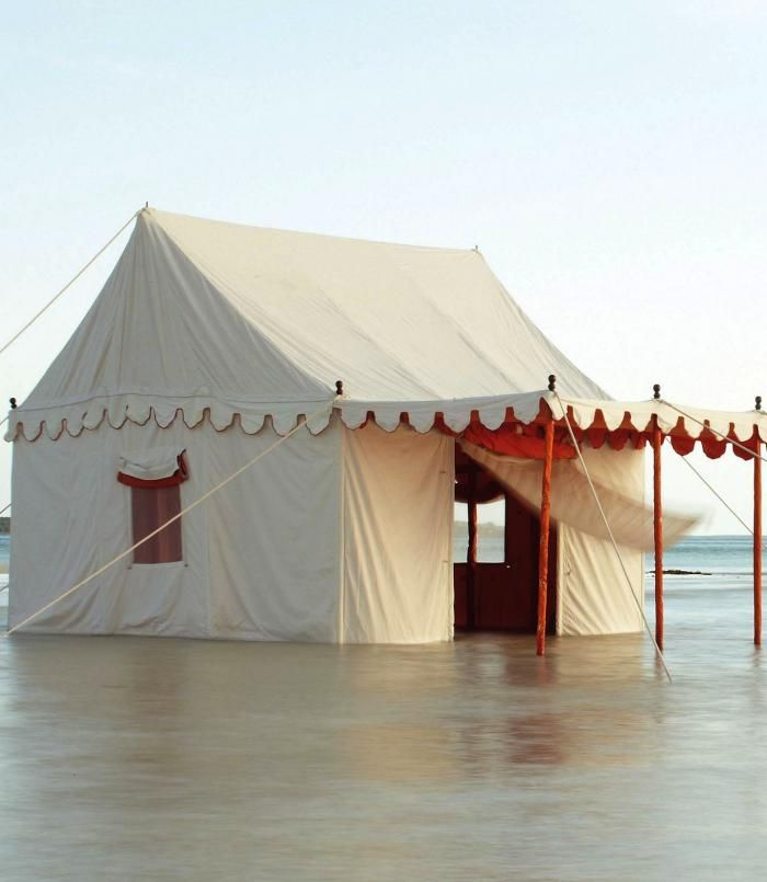 17 best images about outdoor spaces on pinterest gardens for Build your own canvas tent