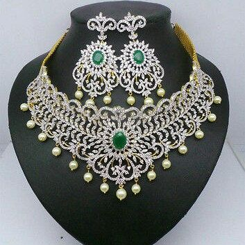 Gorgeous bridal jewelry now in jwellworld. So hurry up!!!!!