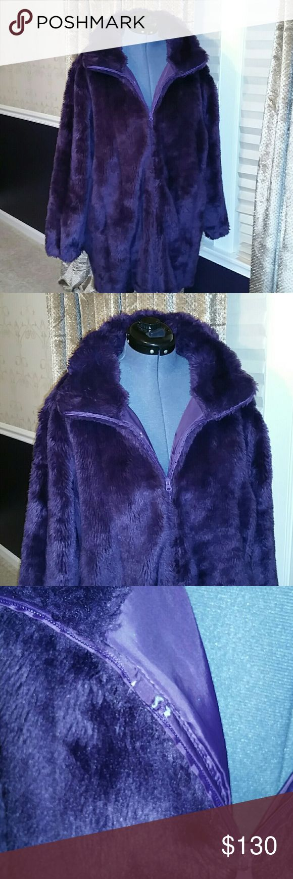 Plus Size Plush Purple Furry Coat w/ Zipper I ACCEPT OFFERS! I NEVER DECLINE OFFERS! I ACCEPT OR COUNTER ONLY!   Purple Plush Furry Coat With Zipper and Two side pockets.  Fabulous Fashion Statement!  Size 2X  Inside lining behind zipper there's a little snag....see picture.  Coat is in Newlike Condition. Fully Inspected and ready for shipment.  If I missed any other flaws excuse my oversight.  This coat is priced to move quickly!  Happy New Years! Roaman's Jackets & Coats Puffers