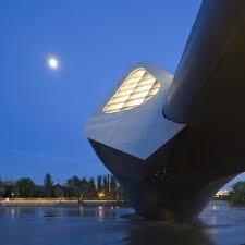arquitecta Zaha Hadid