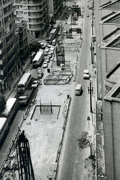 Obras do elevado Costa e Silva (Minhocão). 1970.