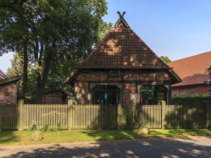 Ferienhaus Schafscheune Neustadt am Rübenberge  - Die Giebelseite vom Eichenbrink.