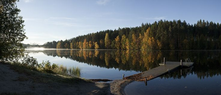 Autumn pond panorama by Heikki Katajisto