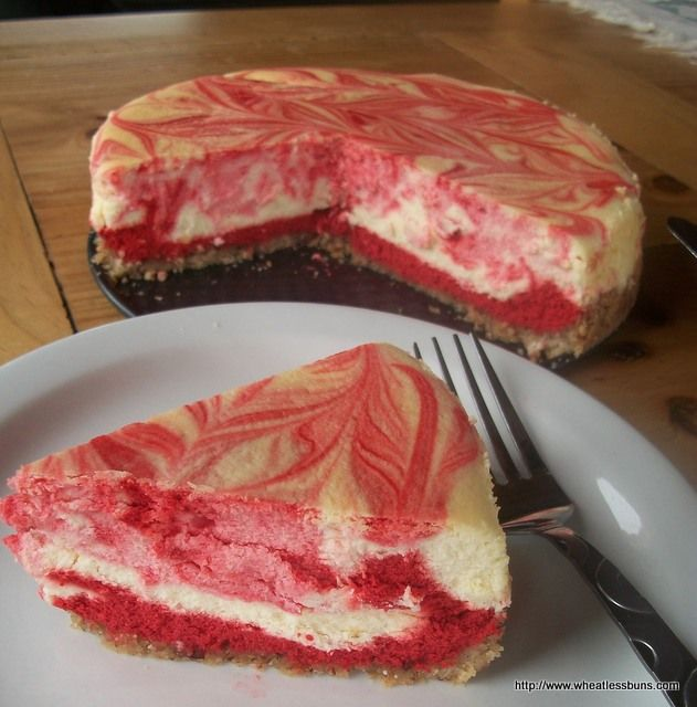 Red Velvet Cheesecake ~ Gluten Free, Low Carb (That's one beautiful cheesecake!
