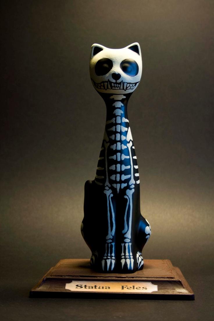 Ceramic cat skeleton - very Day of the Dead