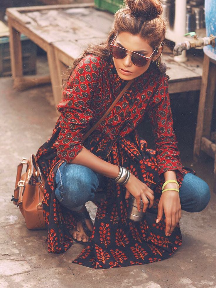 Nice boho style summer outfit including stylish sunglasses en cool bag.  #boho #fashion #boho fashion