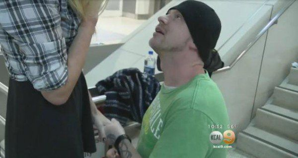 Couple Who Have Never Met in Person Before Marry at Ontario Airport - http://www.odditycentral.com/news/couple-who-have-never-met-in-person-before-marry-at-ontario-airport.html