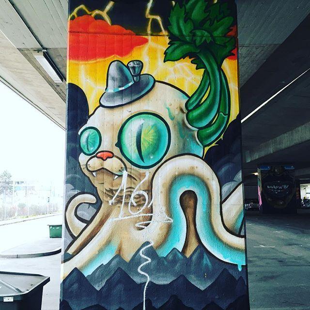 #graffiti #streetart #wallart #urbanart #urban #art #mural #donnersbergerbrücke #munich #münchen #instamuc