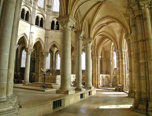 Ambulatoire de Vézelay Lieu: Vézelay, France