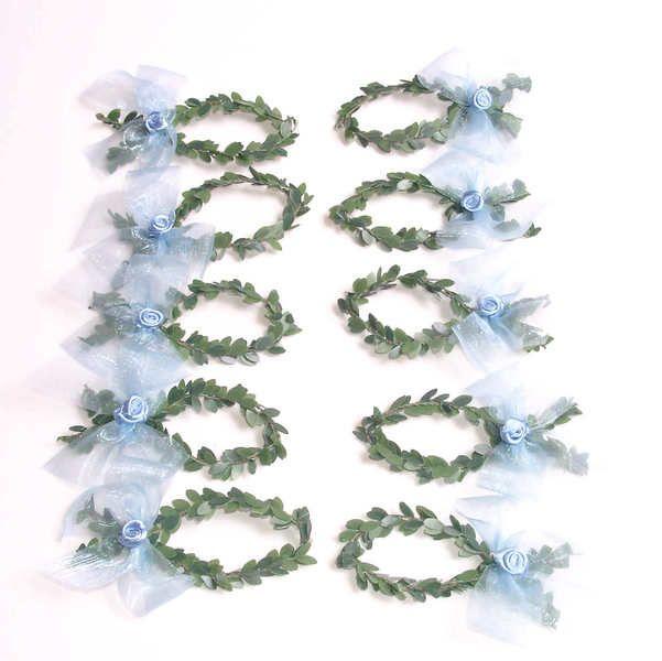 +Tischdekoration Fische hellblau+    Schöne Dekoration für Kommunion, Konfirmation, bestehend aus:    Fische aus künstlicher Buchsgirlande geformt, ve