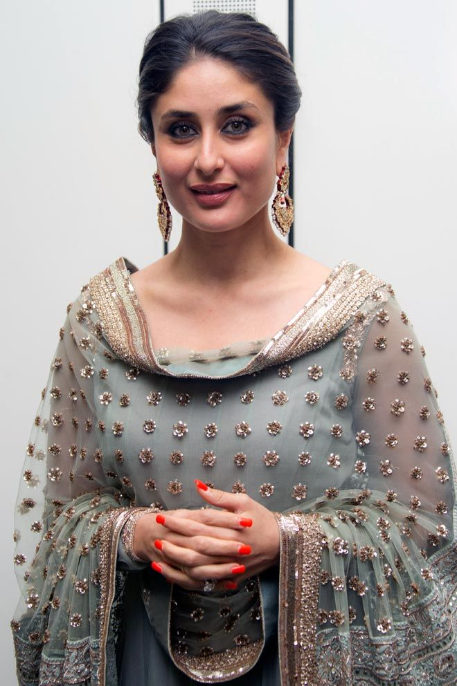 Oct 29: UK: Actor Kareena Kapoor was honored in the House of Commons by an Asian ethnic weekly for her contribution to the global entertainment industry.