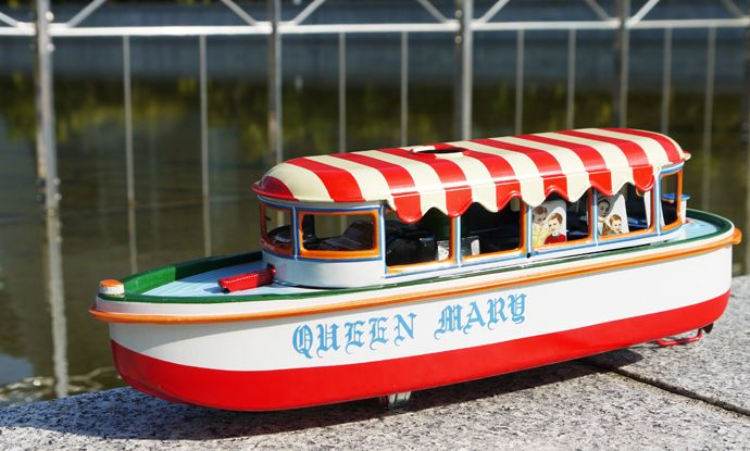 1950s マルサン製 RIVER BOAT QUEEN MARY 外箱付き