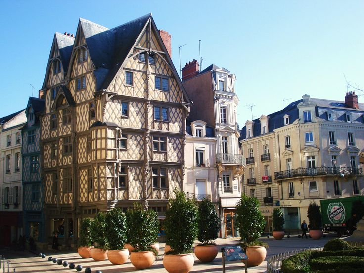 Maison d'Adam one of the oldest houses in Angers (15th century) [3072x2304]