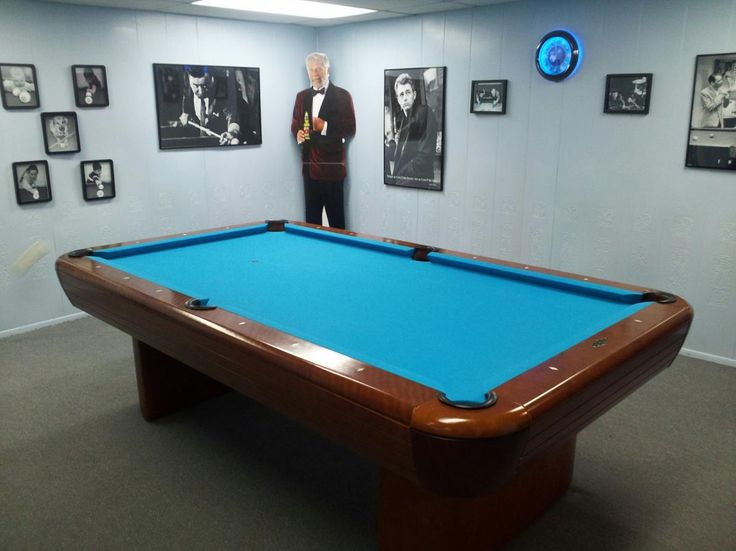 Brunswick Gibson Pool Table In A Room Of Pool Player