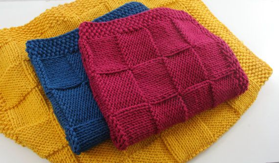 Hand Knitted baby blanket 30x40 ready to ship chunky by CreamKnit
