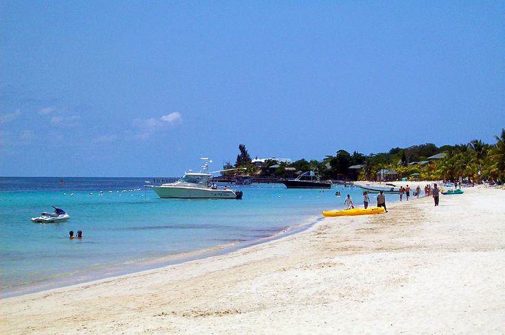 West Bay Beach in Roatan, Honduras...ahh! Apparently my parents want to move here. I might have to tag along. ;)