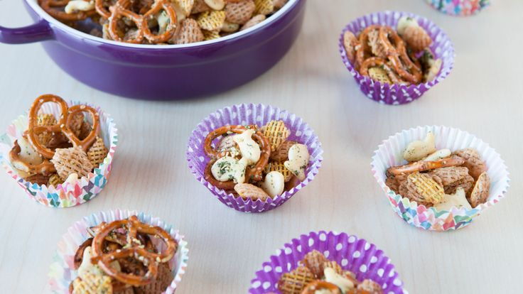 No-Bake Party Snack Mix