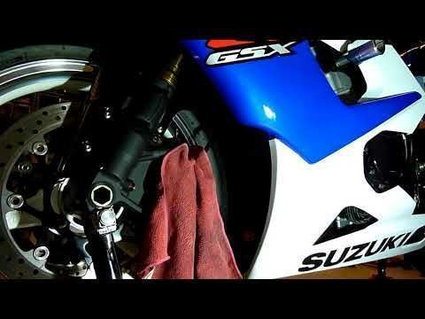 SUZUKI GSXR 1000 K5 Front Brake Repair. HOW TO BLEED EASY. #howtorepairbike #bicyclerepair
