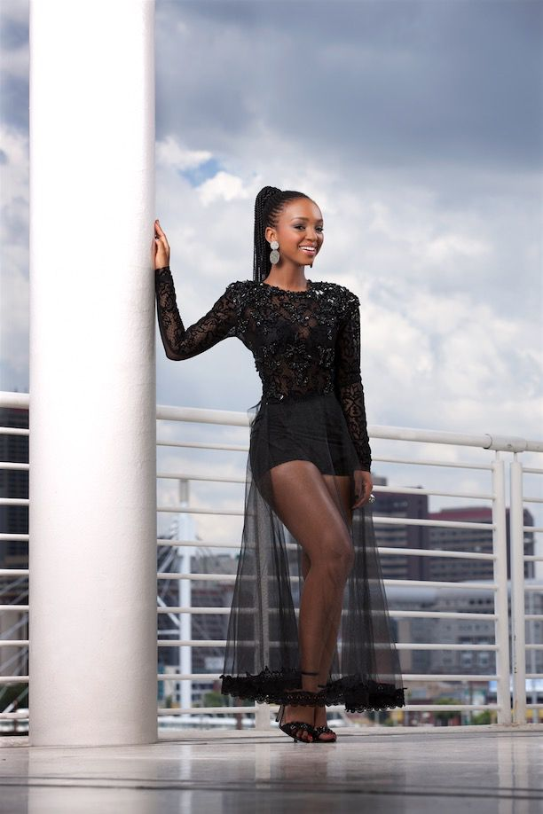 GLAMOUR's Most GLAMOURous 2015! Nandi Mngoma What does GLAMOUR mean to you? 'It's about feeling good and having a natural sense of who you are, so that you exude confidence and own your flaws.'