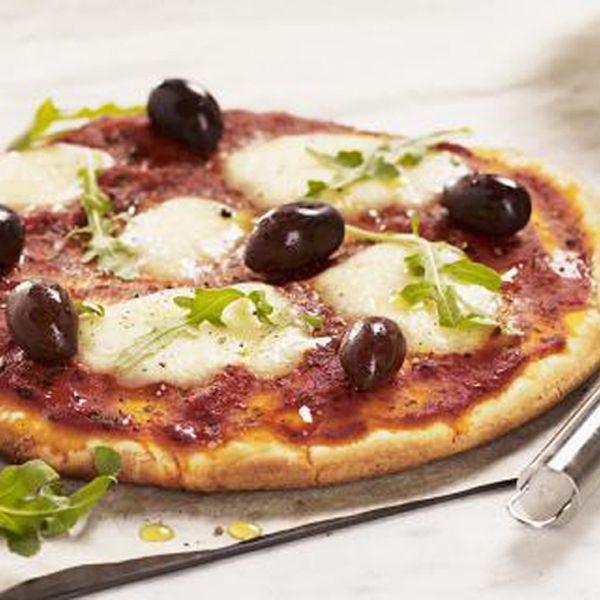 THE BEST glutenfree pizza recipie EVER! you simply must try my pizza. AND its also very fast to make CLICK ON LINK to get recipe http://inredningsvis.se/gudomlig-glutenfri-pizza-och-snabb/   #home #room #interior #homedecor #room #homeandgarden #howto #beautiful #goteborg #inredningstips   #inredningsblogg #ikea #pinterestboard #hytteliv #bolig #howto #hemnet #gothenburg #interiordesign #interiorinspiration   #interiors #hytteliv #mat #pizzarecipe #glutenfreepizza #pizzarecept #pizza #recept
