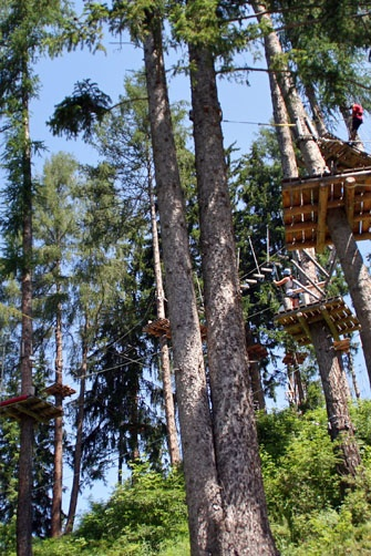 Abenteuer- und Erlebnispark - Waldseilpark - Jerzens Hochzeiger Pitztal Tirol - really cool place for family fun!