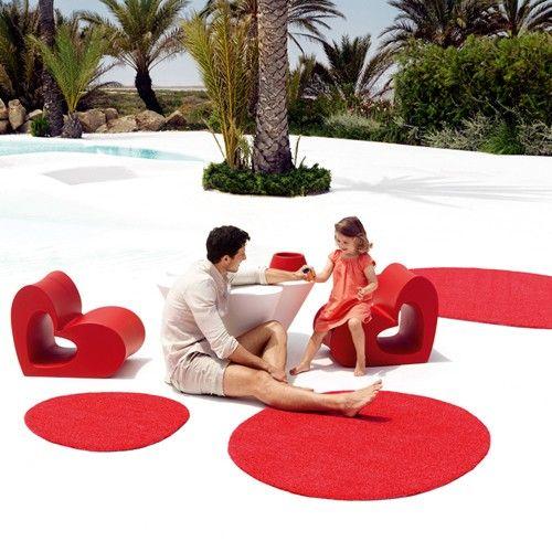 The Agatha Outdoor Rug, designed by Agatha Ruiz de la Pradamade, is made in Spain by Vondom. http://www.yliving.com/blog/top-5-modern-outdoor-rugs/