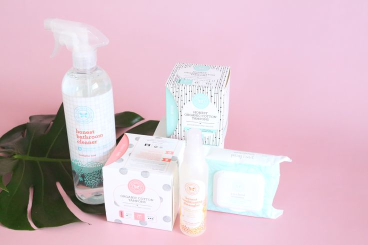 The Honest Company Review April 2017 https://www.ayearofboxes.com/reviews/the-honest-company-review-april-2017/