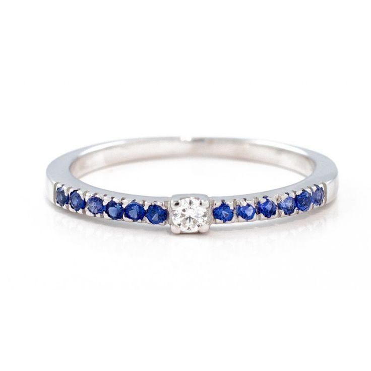 Fedina zaffiri blu con diamante in oro 18Kt