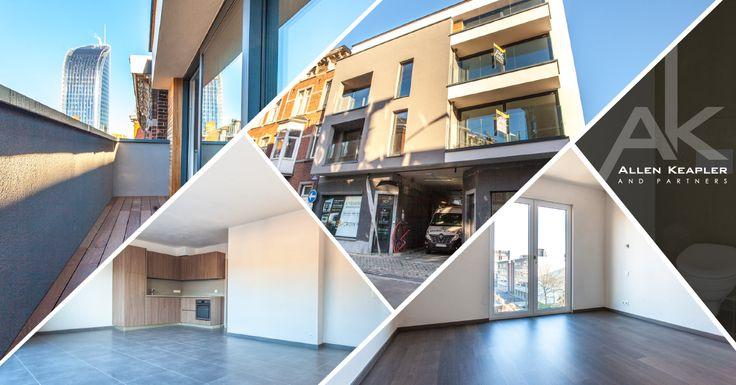 Pour acquéreurs et investisseurs de biens qualitatifs ! Construit avec des matériaux de haute qualité, il dispose d'une terrasse à l'avant et la possibilité d'aménager une terrasse sur la toiture. Au niveau technique, triple vitrage, ventilation double flux et chaudière individuelle haut rendement. La résidence est pourvue d'un ascenseur et dispose d'emplacements de parking. Opportunité unique à saisir !