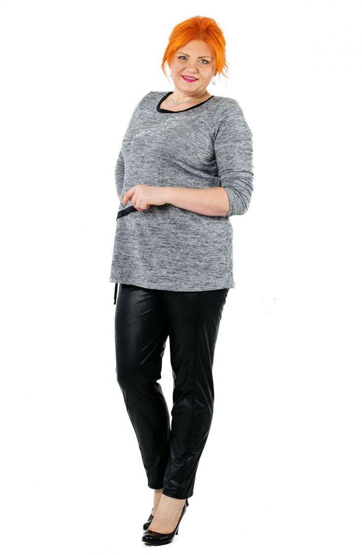 Modne skórkowe czarne legginsy z przeszyciami - Modne Duże Rozmiary