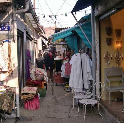 Marche aux Puces (Paris flea market.) I love looking through bookstores, antique places and good flea markets. My friend and I could spend days here.