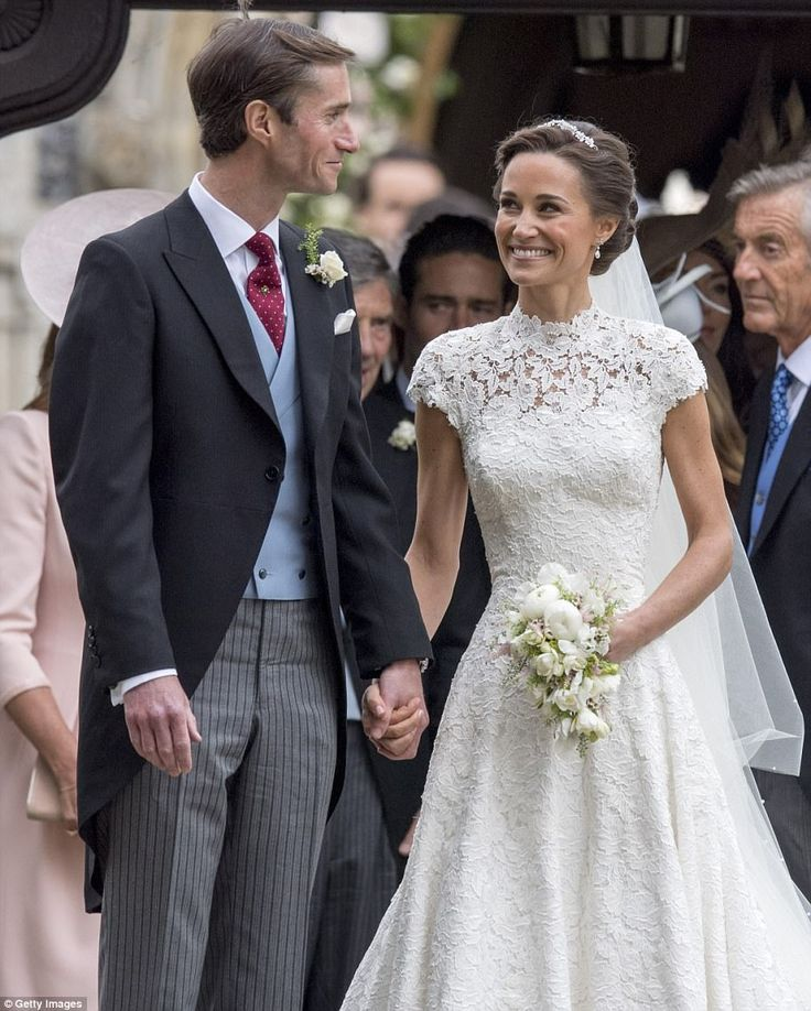 Pippa Middleton And James Matthews Leave The Church As Man And Wife Church James L Pippa Middleton Wedding Dress Pippa Middleton Wedding Middleton Wedding