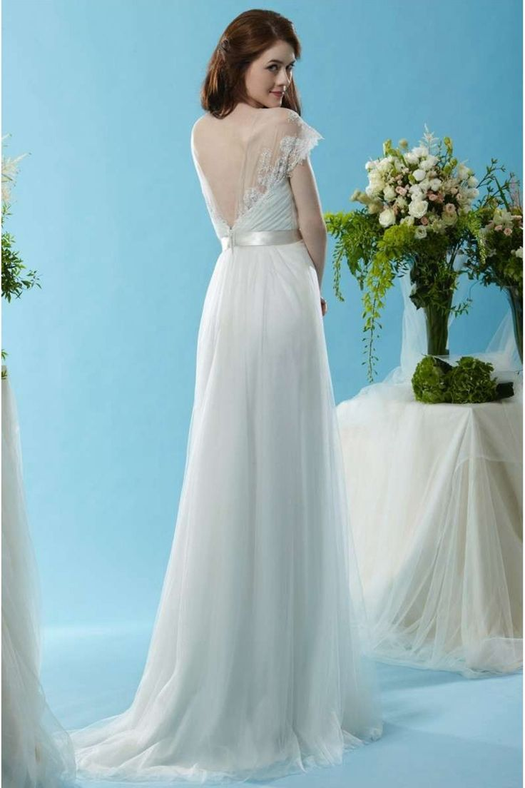 Buy Discount 2015 Unusual Vintage Wedding Dresses UK with V-neck,A-line,Tulle Fabric,Sweep/Brush Train V2014120902